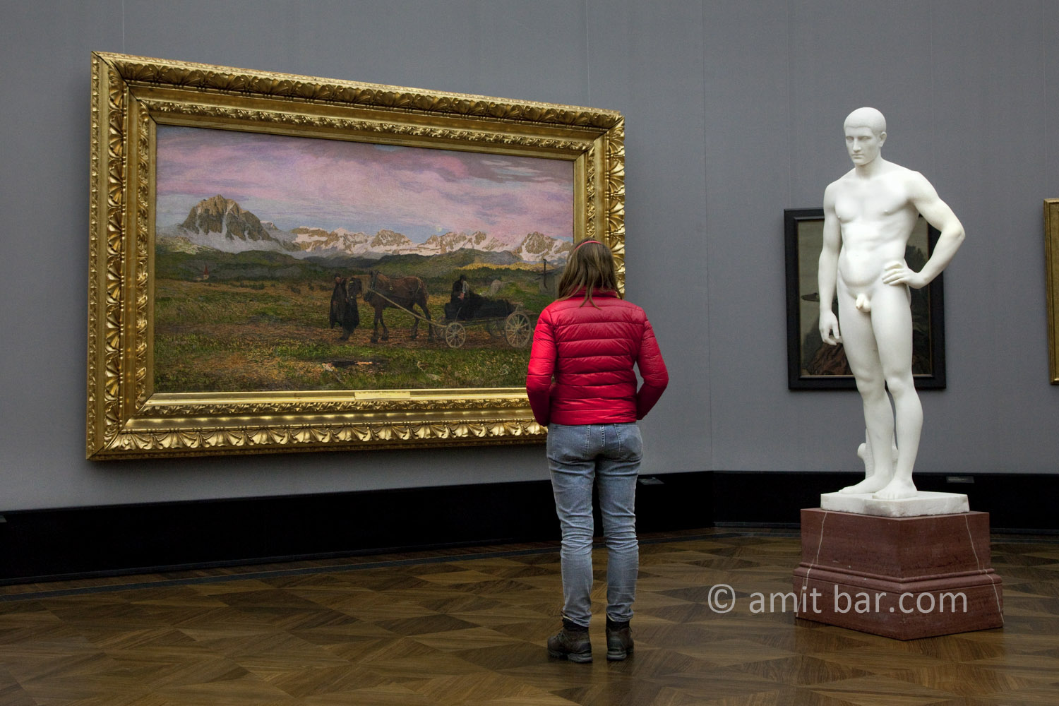 Berlin: Thinking.  A visitor at the museum, Alte Nationalgalerie