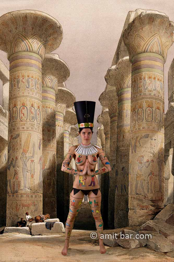 Nefertiti II: Body-painted model at the temple of Karnac, Thebes, Egypt