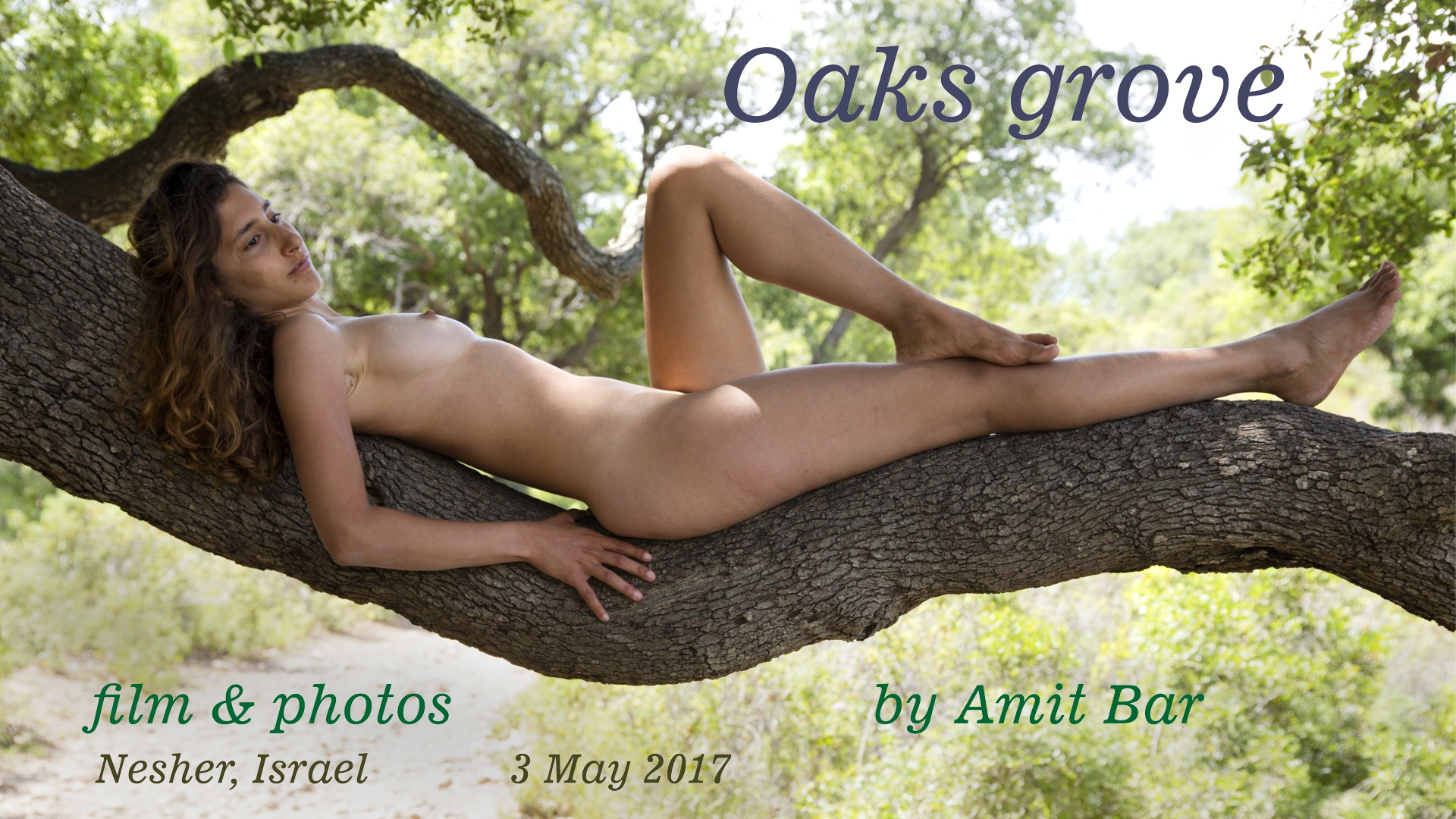 Oaks Grove video: Carmela is climbing like a cheeta on old oak trees.